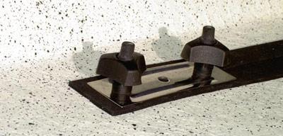Nirosta-Befestigung Spezial passed für die Dachboxen von © surfbox.de