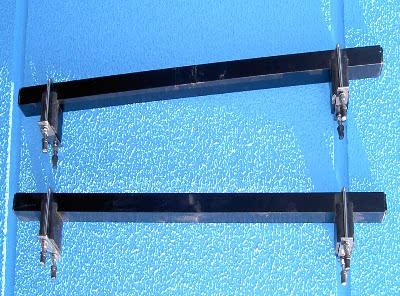 Surfbretthalter 80 cm - abnehmbar (Paar) passed für die Dachboxen von © surfbox.de