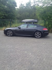 Porsche Photos of ROOF BOXES Big-Malibu XL Surf roof box with surfboard rack