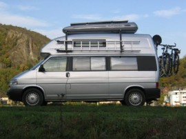 Surfbox Foto's van dakkoffers Big-Malibu XL Surf met surfplankhouder