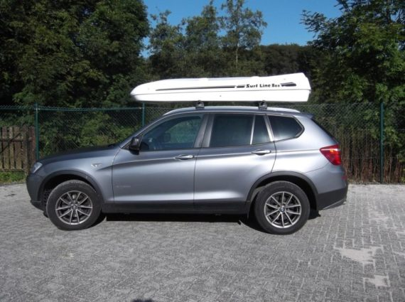 Dachbox von Mobila auf   SUV  bmw x5 big malibu  - © surfbox.de